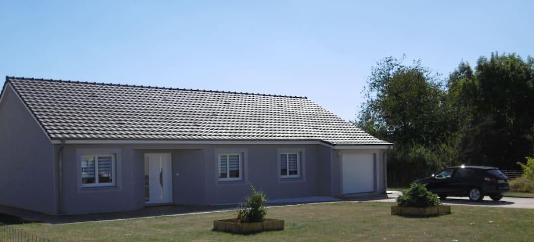 Pavillon moderne situé entre Metz et Nancy - Vigny