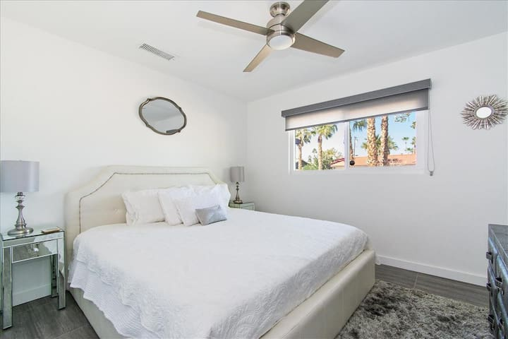 California King guest room