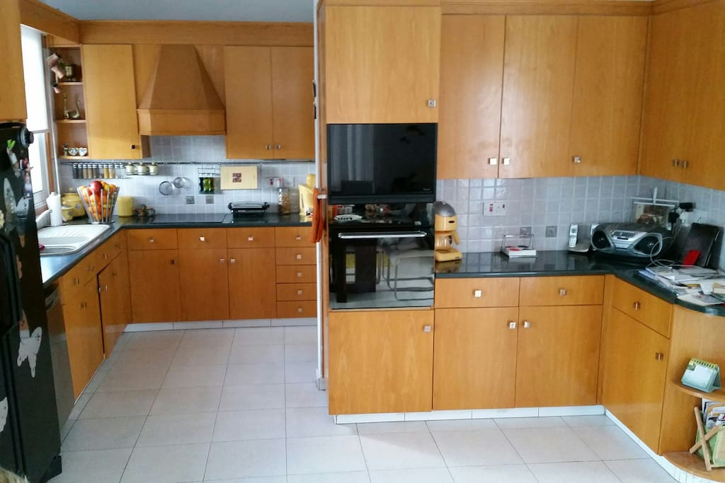 Fully equipped kitchen available for cooking and eating. The kitchen is shared by all house tenants.