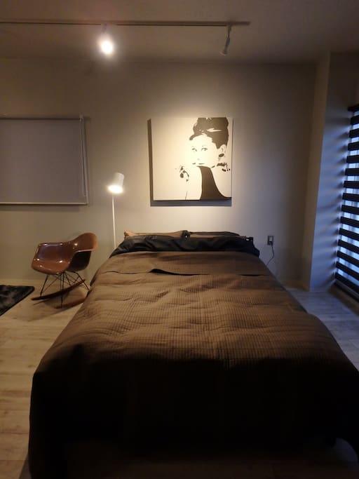 High rebound mattress thickness 15 cm density 27 D / hardness 160 Newton