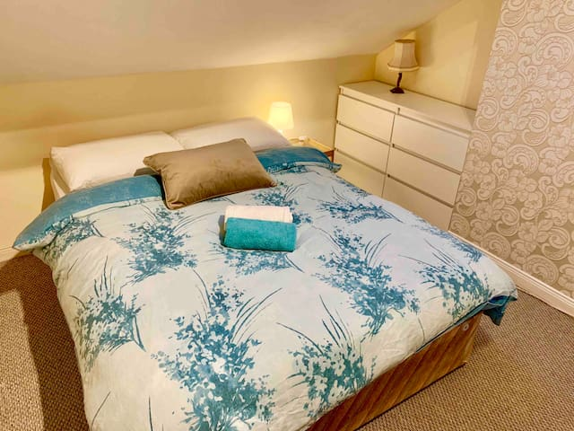 Double bed in private bedroom