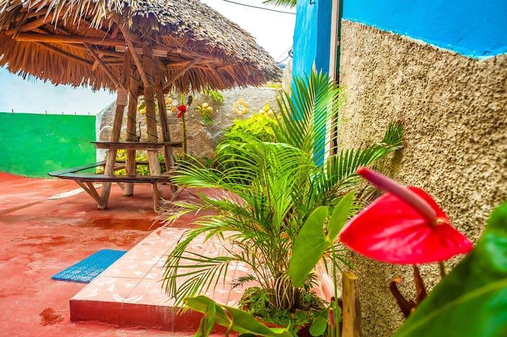 Relax and enjoy the Varadero beach. A17.1