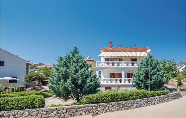 Stunning home in Krk with WiFi and 1 Bedrooms