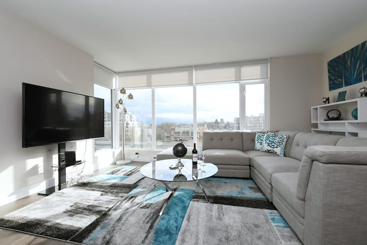 Brand NEW 2 bedroom Executive Suite with Parking!