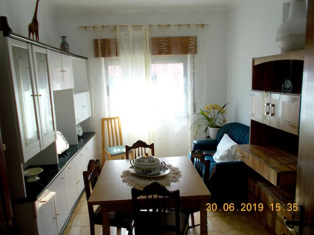 Beautiful apt near the beach & Wifi