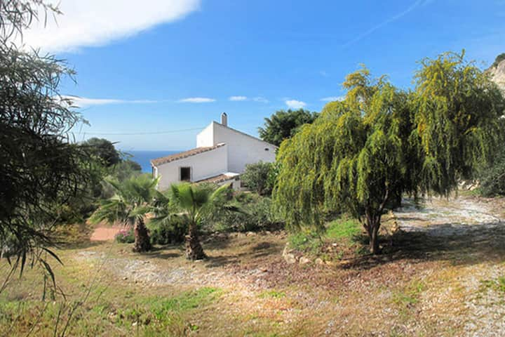 Gorgeous Andalusian house in a protected Nature Reserve