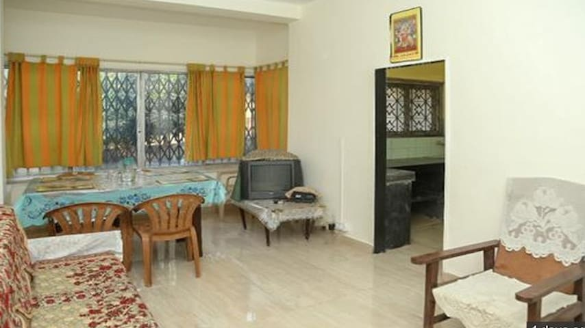 Urmila Niwas 2 Bed room Heritage Bunglow