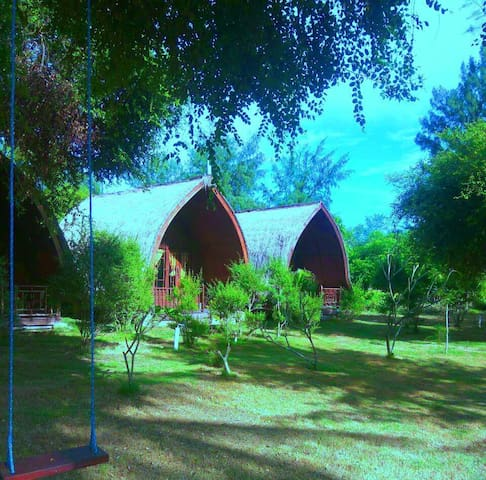 Meno Heaven Bungalows with Aircond