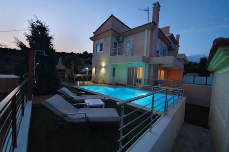 Villa Dream on