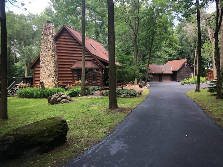 Beautiful Oconomowoc Log Home  on 5.7 acres