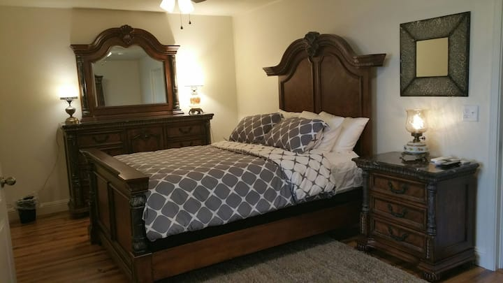 Yosemite Foothill Retreat - Private Guest Suite #1