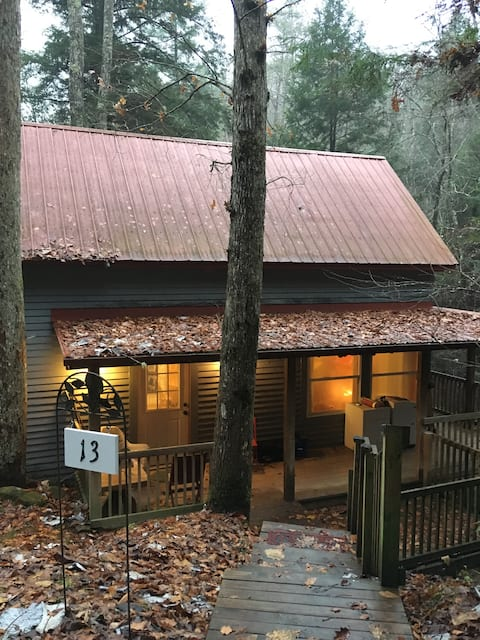 Contemplative Getaway (Private Cabin)