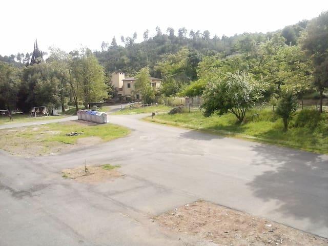 casa nel verde del Bosco Maremmano  - Massa Marittima - Byt