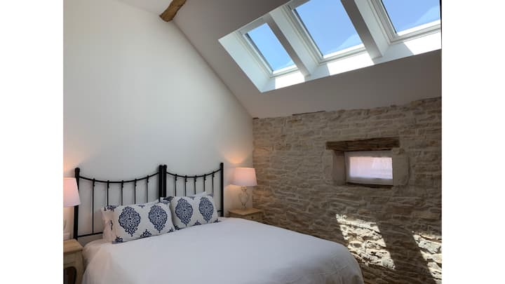 Véraison Maison - Charm + modern luxury Meursault