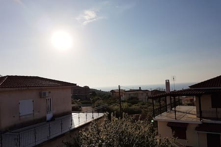 SKAFIDIA TRADITIONAL HOUSE/SEA VIEW & GREEK NATURE - Skafidia - Ev