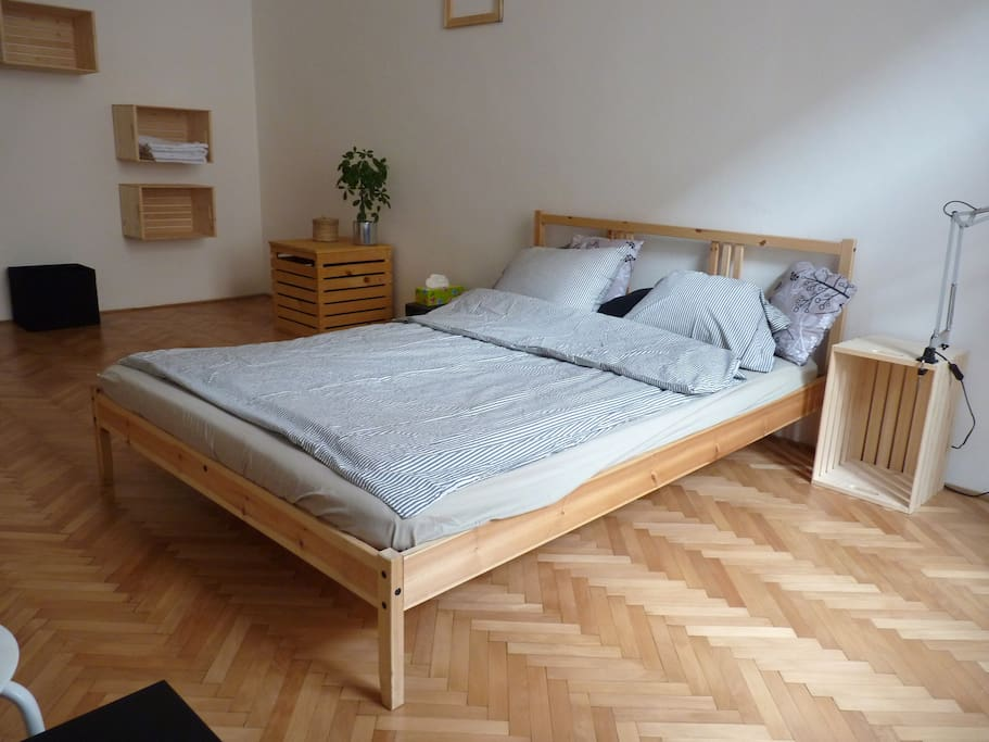 your room, possibilty of an extra bed