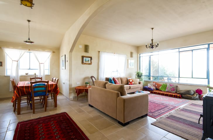 charming new house in the mountains - Eastern Upper Galilee, Har haluz  - Haus