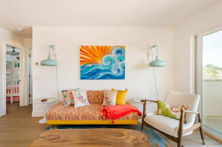 Endless Summer Manor a Vibrant, Family-Friendly Home