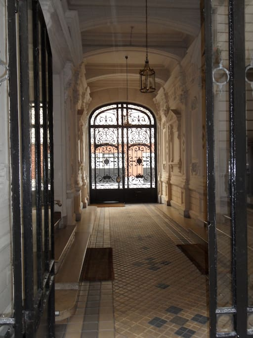 Building entrance. The studio is located in the courtyard building