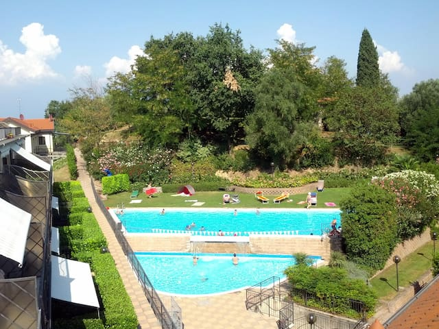 Apartment in residence with pool - Pieve vecchia, Manerba del Garba, BS - Casa