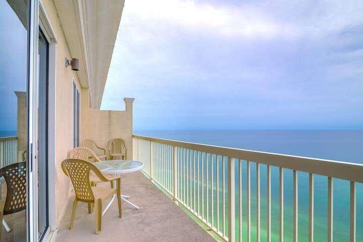 Celadon 2305-1BR+Bunks-$139/Nt thru Winter!-RealJoy Fun Pass SNOWBIRDS $1200/Mo+D/T/F TOP Floor,Slps - Panama City - Apartment