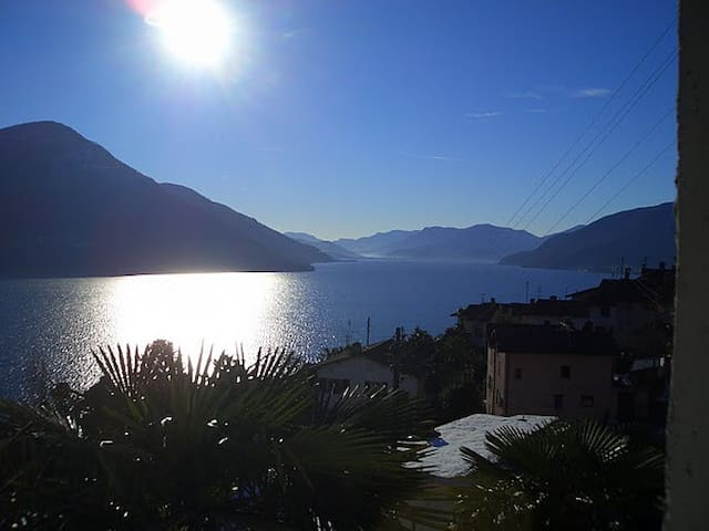 Sonnenstube mit Seeblick - Brissago - Apartment