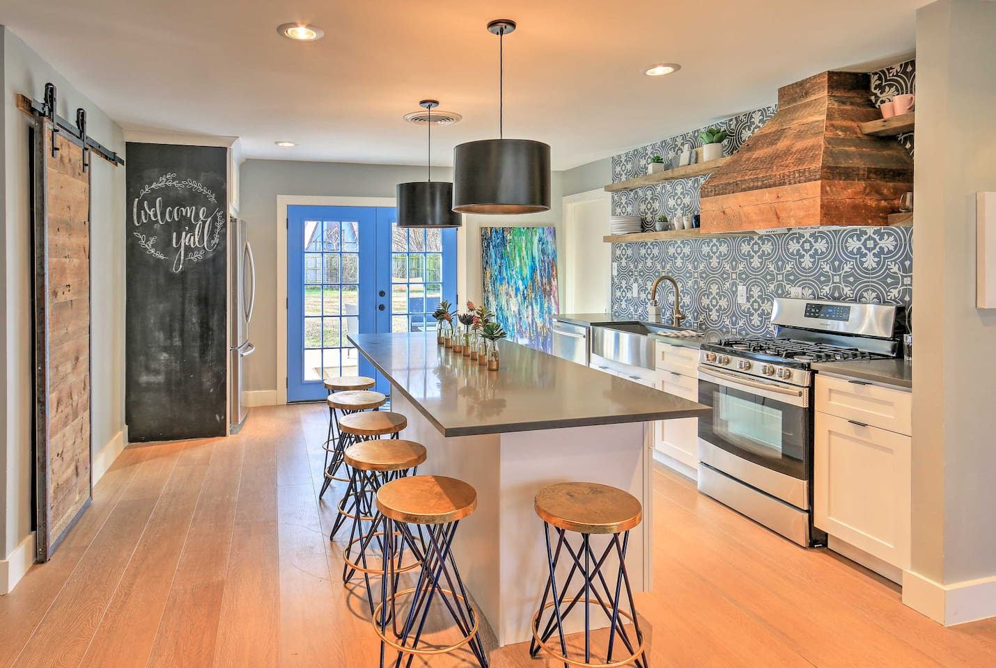 Pack your bags and head to this 4-bedroom, 2-bathroom Forth Worth vacation rental house!