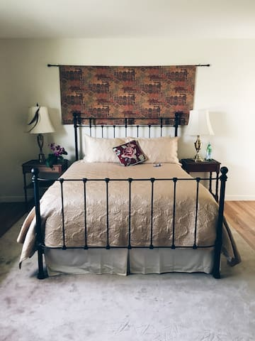 Casa Miramonte Robin Room - Carmel Valley - Bed & Breakfast