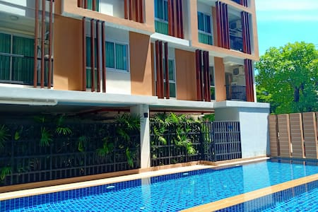 1 bedroom apartment, living room, Swimming pool
