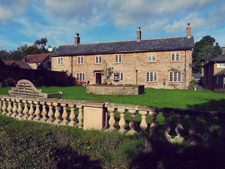 Farm house in Somerset for special family holidays