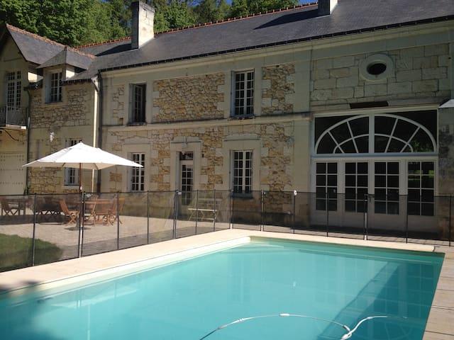 Grande maison familiale - Langeais - Talo