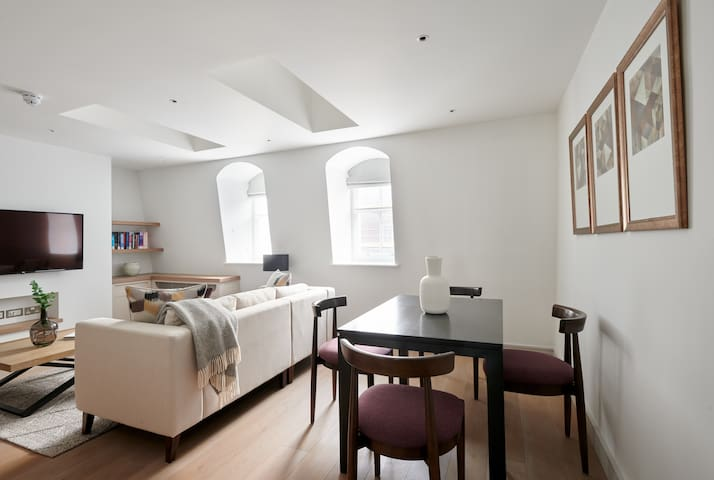 Sonder | Covent Garden Piazza | Classic 1BR