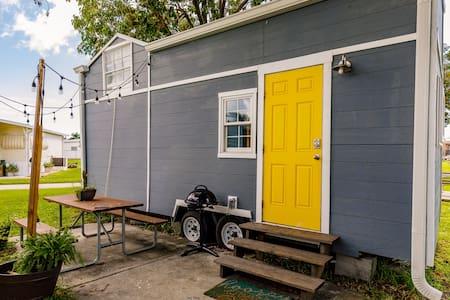 1st Tiny House Near Fort Myers Beach & Sanibel!