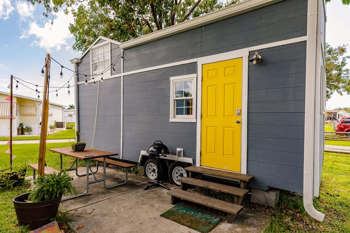 1st Tiny House Near Fort Myers Beach & Sanibel!
