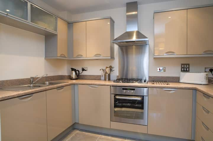 Chichester City Centre Apartment