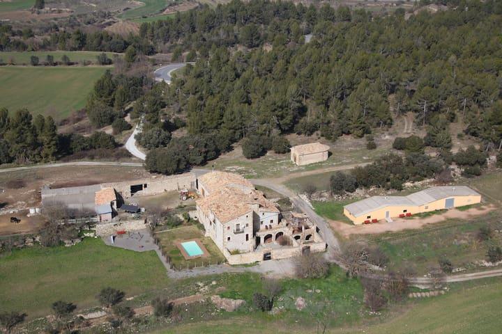 Torrecabota turisme rural - Calders - Vila