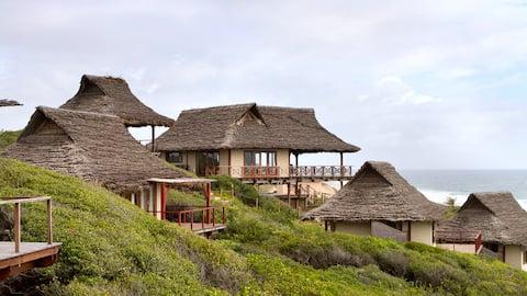 Catalina Lodge- a paradise!