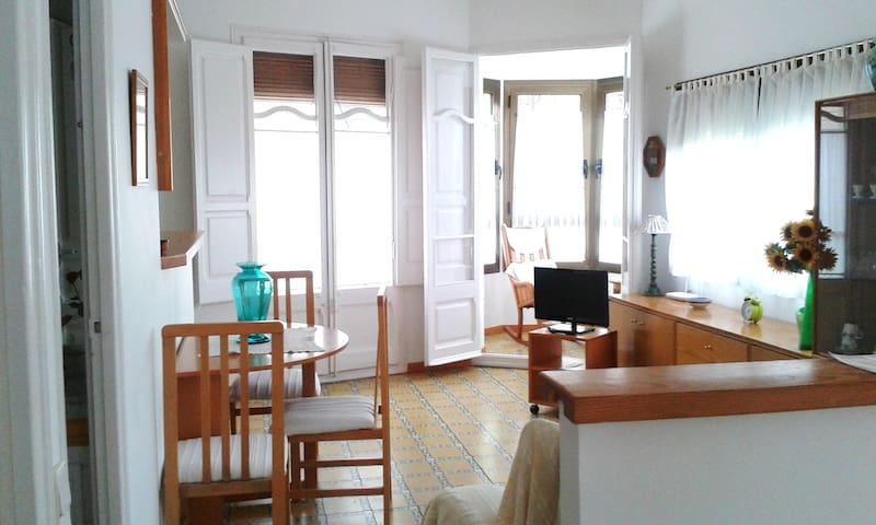 Casa de pueblo con encanto - Alforja - Huis