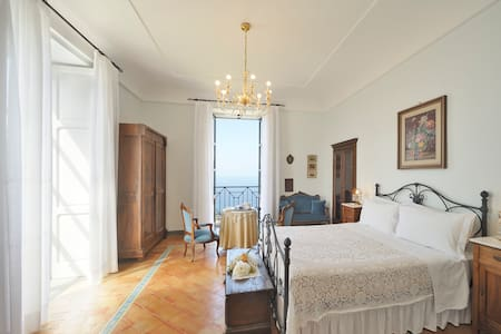 Historical Home in Castellabate