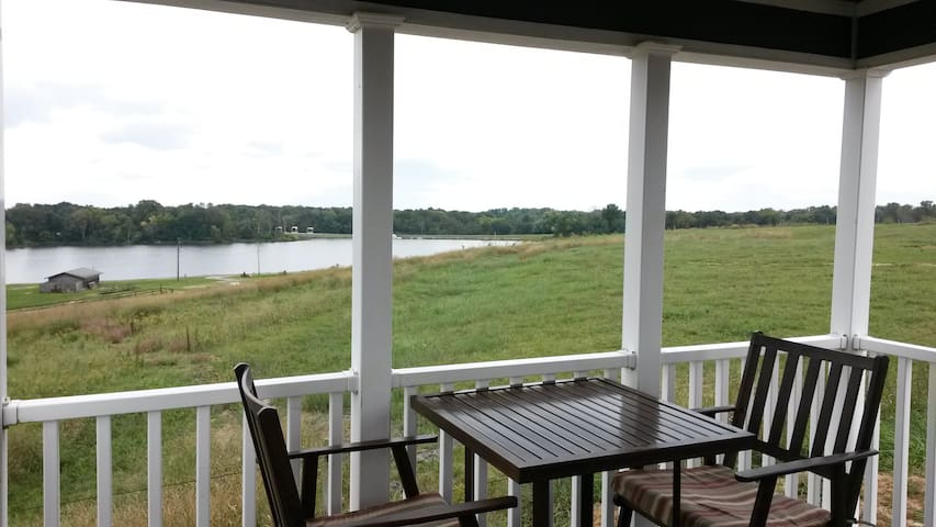 Luxury Lakeview Cottage #12 - Staunton - Kabin