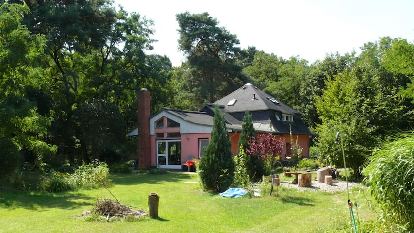 Romantic House in the Forest - Borkheide - Casa