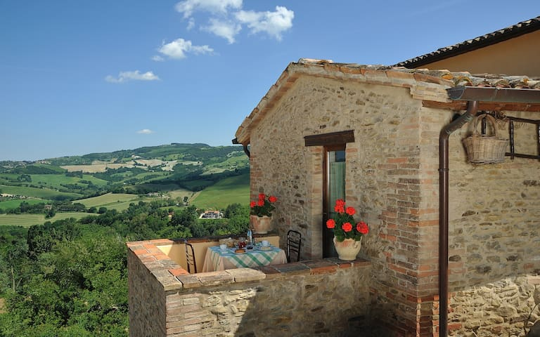 COUNTRY HOUSE CA' VERNACCIA B&B AP3