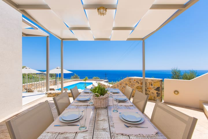 Villa Thromila - Panoramic Sea view in South Crete - Plakias, Rethymno - Villa