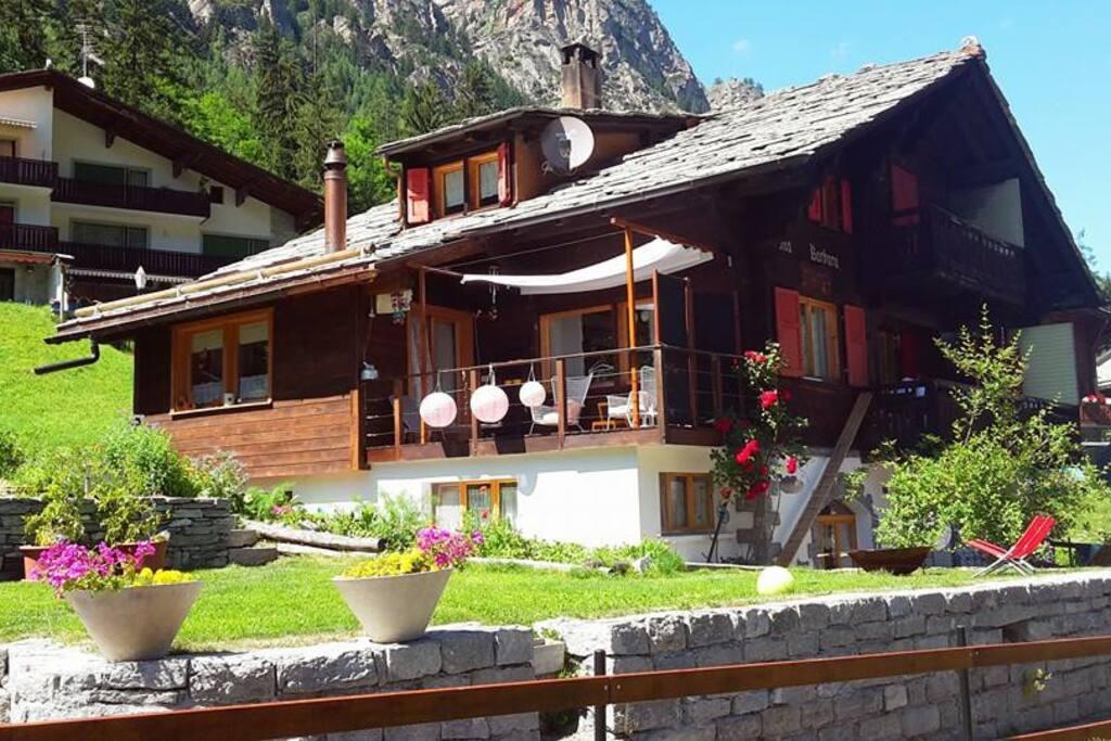unser Walliserchalet in den Alpen