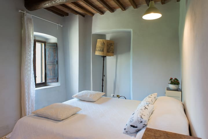 Private cozy room in Chiantishire - San Casciano In Val di Pesa