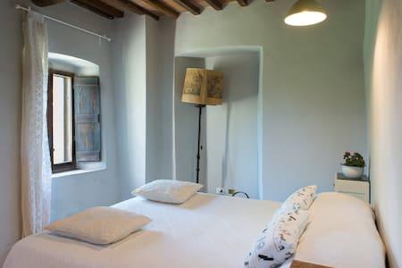 Private cozy room in Chiantishire - San Casciano In Val di Pesa