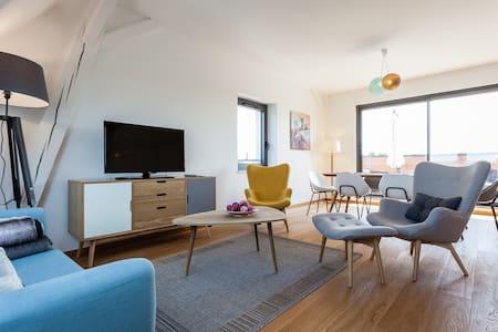 LES PLANTEURS duplex de 125 m2 - Lägenhet