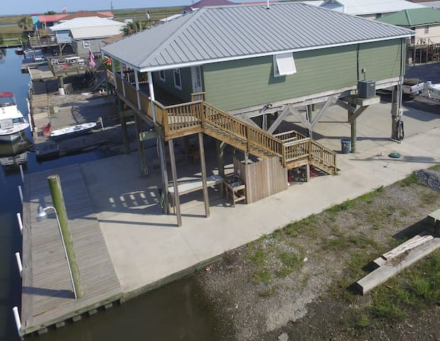 Just Havin Fun is Waterfront w/ boat access & boat launch in Grand Isle - Grand Isle - House