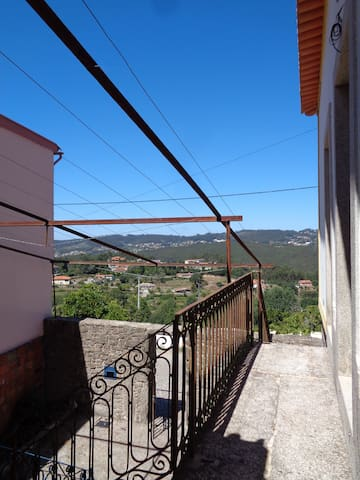 Cedrim, Vista para a Montanha 2 - Sever do Vouga - Bed & Breakfast