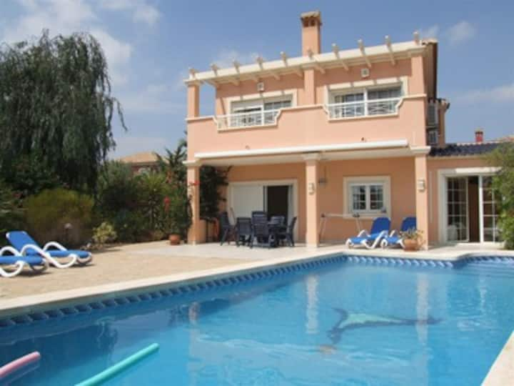 Villa Mosa Murcia : sun and golf!